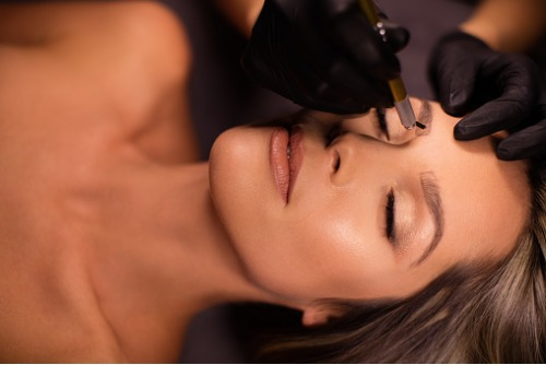 eyebrow-micropigmentation-procedure